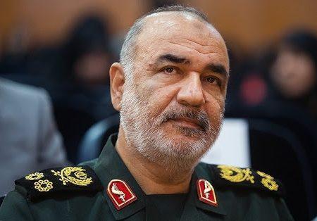 فرمانده کل سپاه وارد خوزستان شد