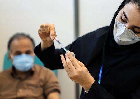 ۸۰ درصد از فرهنگیان بخش فولادشهر دوز اول واکسن کرونا را دریافت کردند