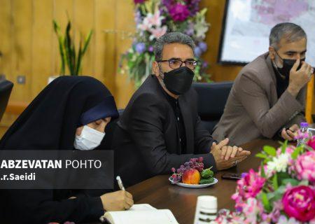 لزوم بررسی زوایای پیدا و پنهان پروژه انتقال پساب دیگر شهرستانها به ذوب آهن اصفهان توسط کارشناسان خبره