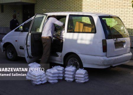 توزیع هزار و ۲۰۰ پرس غذای گرم در بین خانوادههای بیبضاعت زندانیان لنجان